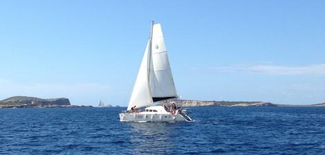 Alquiler catamaran en Ibiza