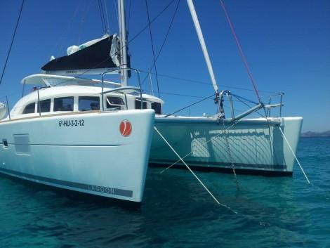 ventajas catamaran frente a monocasco
