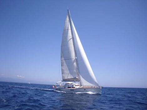 velero en Ibiza